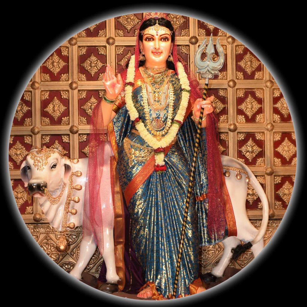 Devi Shailaputhri (ದೇವಿ ಶೈಲಪುತ್ರಿ)